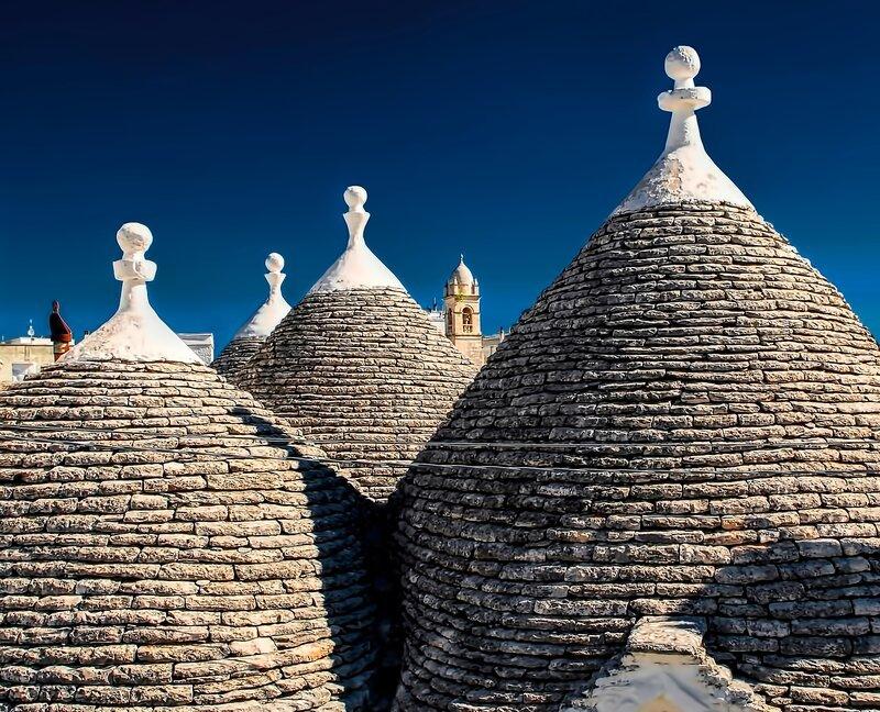 Photo of Puglia cone houses by Ricardo Gomez